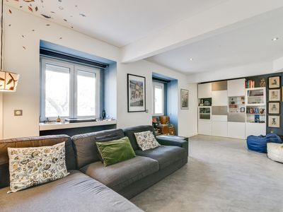 Photo for Charming 2 bedroom apartment at Restelo