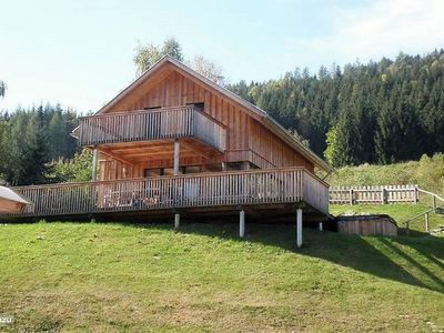 Photo for Luxury chalet on holiday park with jacuzzi and beautiful views over the valley