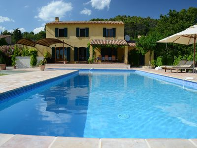 Photo for Traditional provencal style bastide with huge pool. Summer availability