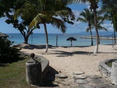 Photo for Apartment Guadeloupe, quiet, with sea view (50m), resort