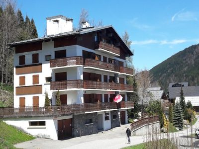 Photo for APARTMENT FOR RENT LES GETS - 5 PIECES 11 PERS COMFORTABLE. MAX - NEAR THE CENTER - BEAUTIFUL VIEW VILLAGE