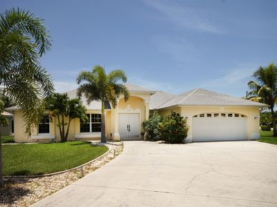 Photo for Spacious Villa, Terrace & Pool to the Southeast, direct access to Gulf of Mexico