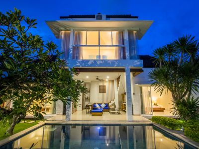 Photo for Deluxe 3 Bedroom Villa Near Seminyak
