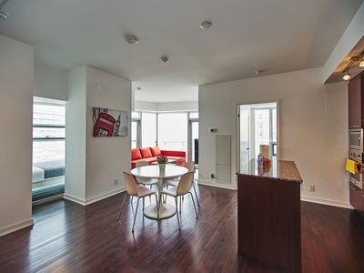 Photo for Luxurious Condo home with 3BR/2BATH w/Lake + city views on 64th floor