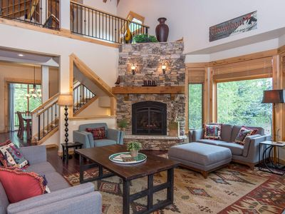 Photo for Spacious Floor Plan | Easy Access to the Mountain | Secluded Private Hot Tub