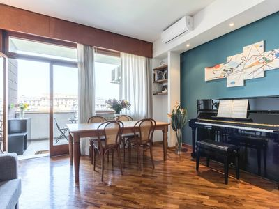 Photo for Santa Croce Apartment | Spacious and cozy for 7 people