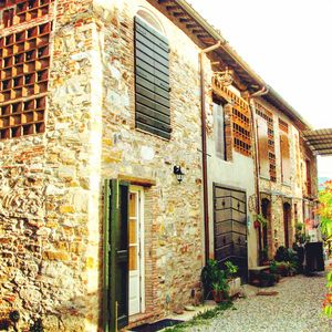 Photo for Rustic house with parking  near the city center of Lucca and train station