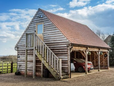 Photo for THE OAKLOFT a rural getaway within easy reach of the Cathedral City of LIncoln