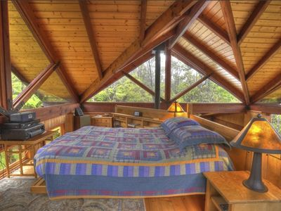 Photo for Sublime Forest Cottage just outside Hawaii Volcanoes National Park