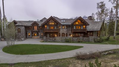 Castlewood Manor Telluride, Special Rates Call Today