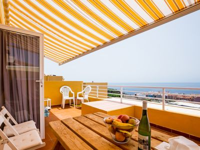 Photo for Cozy apartments with panoramic views and large terrace!