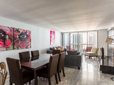 Photo for 3 bedroom condo with Stunning Balcony view