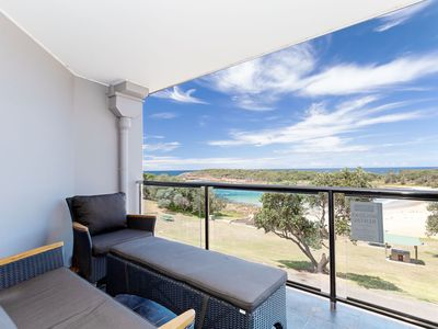 Photo for 5 'The Outlook', 4 Ocean Parade -  overlooking Boat Harbour beach and ducted air conditioning