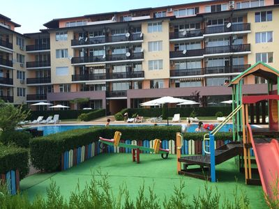 Photo for Two bedroom apartment in Apartcomplex Chateau Aheloy