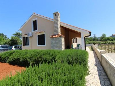 Photo for Holiday house Privlaka for 3 - 4 persons with 3 bedrooms - Holiday house