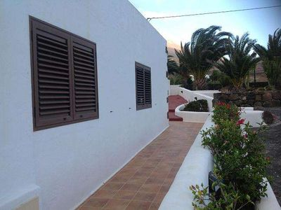 Photo for Bungalow TIKEI in Las Breñas for 2 persons with terrass, garden, views to the ocean, views of the volcanoes , WIFI on the go and less than 4000m to the sea