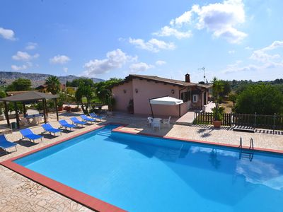 Photo for Beautiful detached and family friendly villa with private pool.