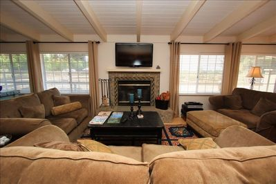 Lg Living Room with Cozy Couches, Wood Burning FP, SatTV, Hi-Sp Wi Fi