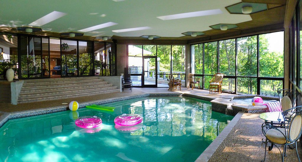 Franklin river estate highlands franklin indoor pool - Florida condo swimming pool rules ...