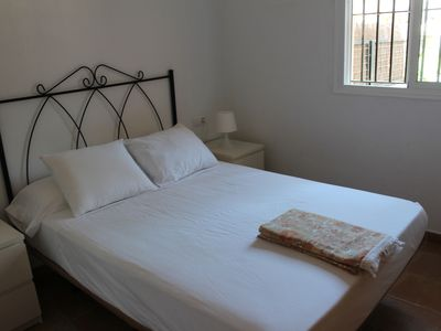 Photo for Rota apartment close to beach and amenities. WI-FI. Air Conn. Heater.