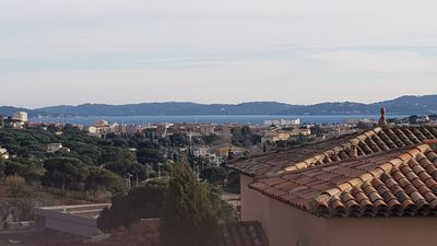 Photo for Le Quilladou Apartment with terrace small sea view, in a very quiet area