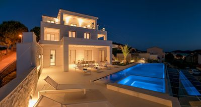 Photo for Luxury Villa Carpe Diem Paradise