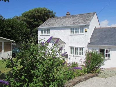 Photo for ROWAN COTTAGE, pet friendly, with open fire in Cubert, Ref 983166
