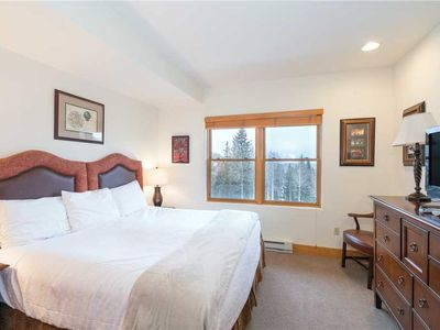 Photo for Flexible Summer Policies - Private and Clean Lock-Off King Room With Lovely Sunset Views