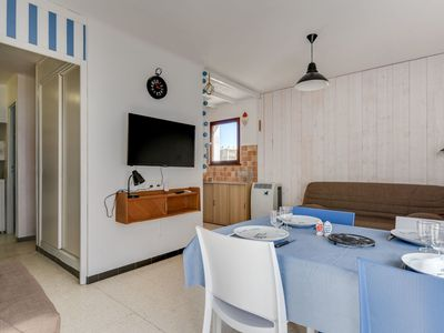 Photo for Lovely apartment for 4 people with WIFI, TV and pets allowed
