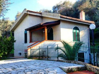 Photo for Holiday Homes, villa GARGANO 600 meters from the SEA (lower apartment)