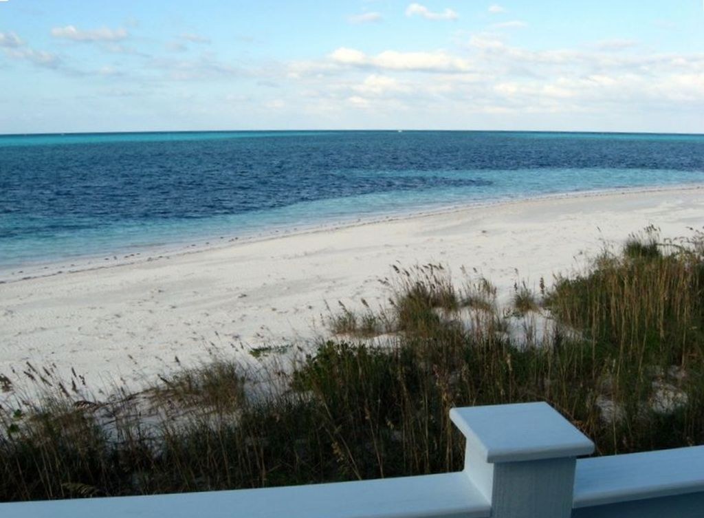 Stay Right On The Beautiful White Sand Beach Free Golf