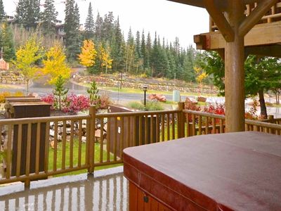 Photo for FREE Horseback Riding! 1st Floor Unit w/ private hot tub & shared pool! No Car Needed - On Bus Route