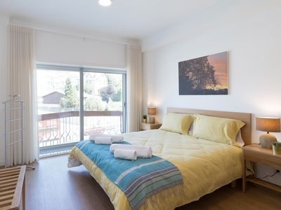 Photo for Luxurious Flat w / Terrace by Host Wise