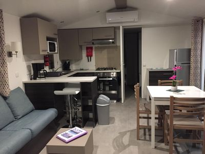 Photo for Spacious mobile home - 6/8 pers - 3 bedrooms - 2 bathrooms - 2 toilets (CLIM + LL + LV)
