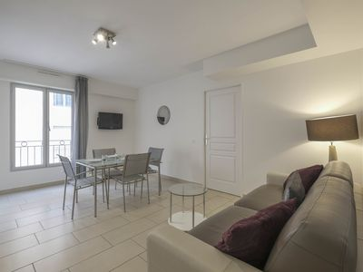 Photo for Beautiful 2 rooms modern behind the Quai Saint Pierre