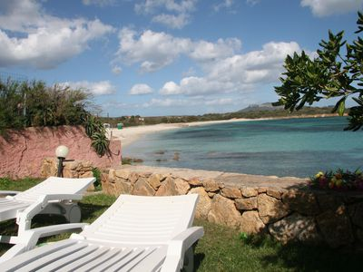 Photo for Sea view, direct access to the beach from the garden, verandas, 6 seats