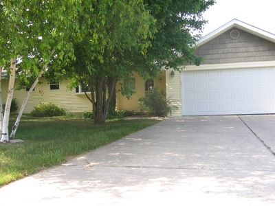 All Seasons enjoyment with home on the canal in the heart of Indian River