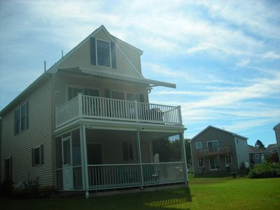 Photo for Delightful and secluded marsh-side house on Moody Point!
