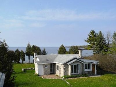 Photo for Unique, distinctive cottage on the shores of Green Bay
