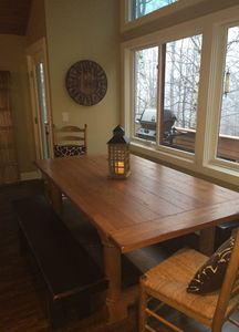 Dining area, seating for 8