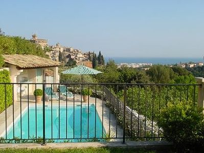 Photo for Nice apartment with pool near Nice. 4 pers, aircondition, internet