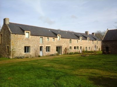 Photo for Comfort - 14 people - 370 sqm farmhouse - wooded property 1. 5 Ha