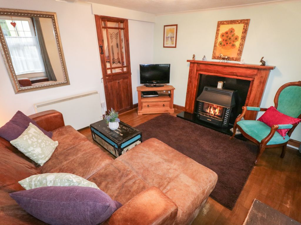 Can You Sleep In A Room With A Gas Fire