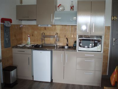 Photo for Apartment facing the marine lake a 1. 5 km from the ocean FR5KKC83