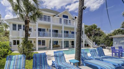 Photo for 89 Dune Ln-Fun & Funky Oceanfront w/ Large Pool & Hot Tub