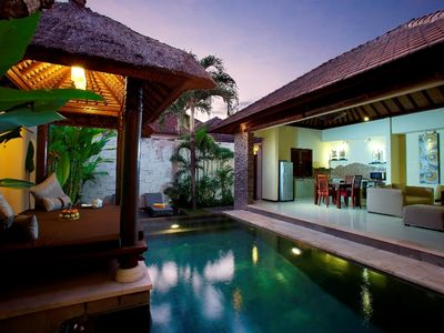 Photo for Cozy 2 bedroom pool villa w/airport p/u
