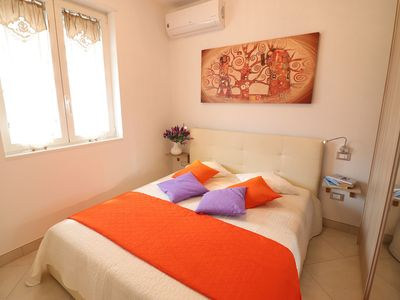 Photo for Central Apartment with Air Conditioning and Balcony
