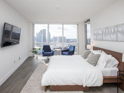 Photo for Chich & Modern 2/2 Apartment in Edgewater