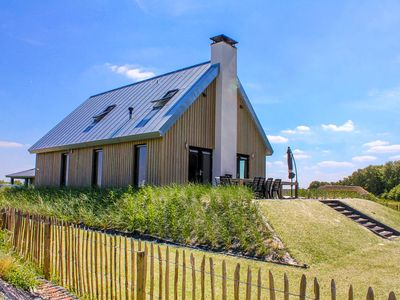 Photo for 5BR House Vacation Rental in Tholen