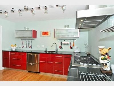 Photo for 3BR Townhome Vacation Rental in Chicago, Illinois